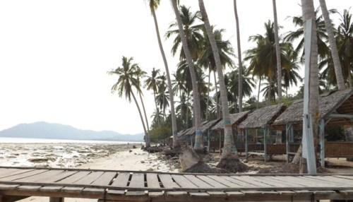 Pantai Klara Padang Cermin Kabupaten Pesawaran - Lampung