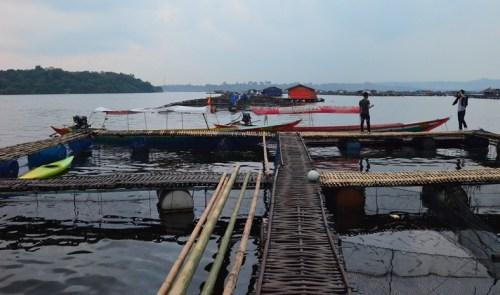 Warung Terapung Waduk Jatiluhur, Purwakarta