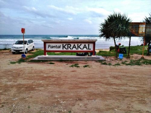 Pantai Krakal Gunung Kidul Yogyakarta, Tempat yang Pas untuk Bersantai
