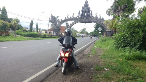 "Solo Touring ""Wonderful Indonesia"" Day 3 (Probolinggo - Gilimanuk - Tanah Lot - Kuta)"