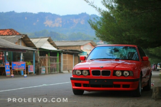 [Vlog] Review Komplit BMW 530i E34 Individual tahun 1994 Part 1