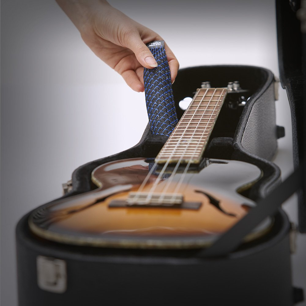 Prolix Music PET-1 Guitar-Humidifier insert into instrument case