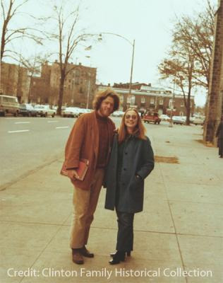H47-05 (Photo ID#), circa January 1972, Bill Clinton and Hillary Rodham at Yale Law School in New Haven, CT. Clinton Historical Family Photograph Collection.