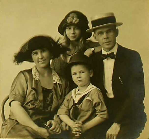 Adelaide Emley and Family, ca. 1922