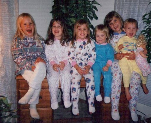 Pajama party with my cousins!