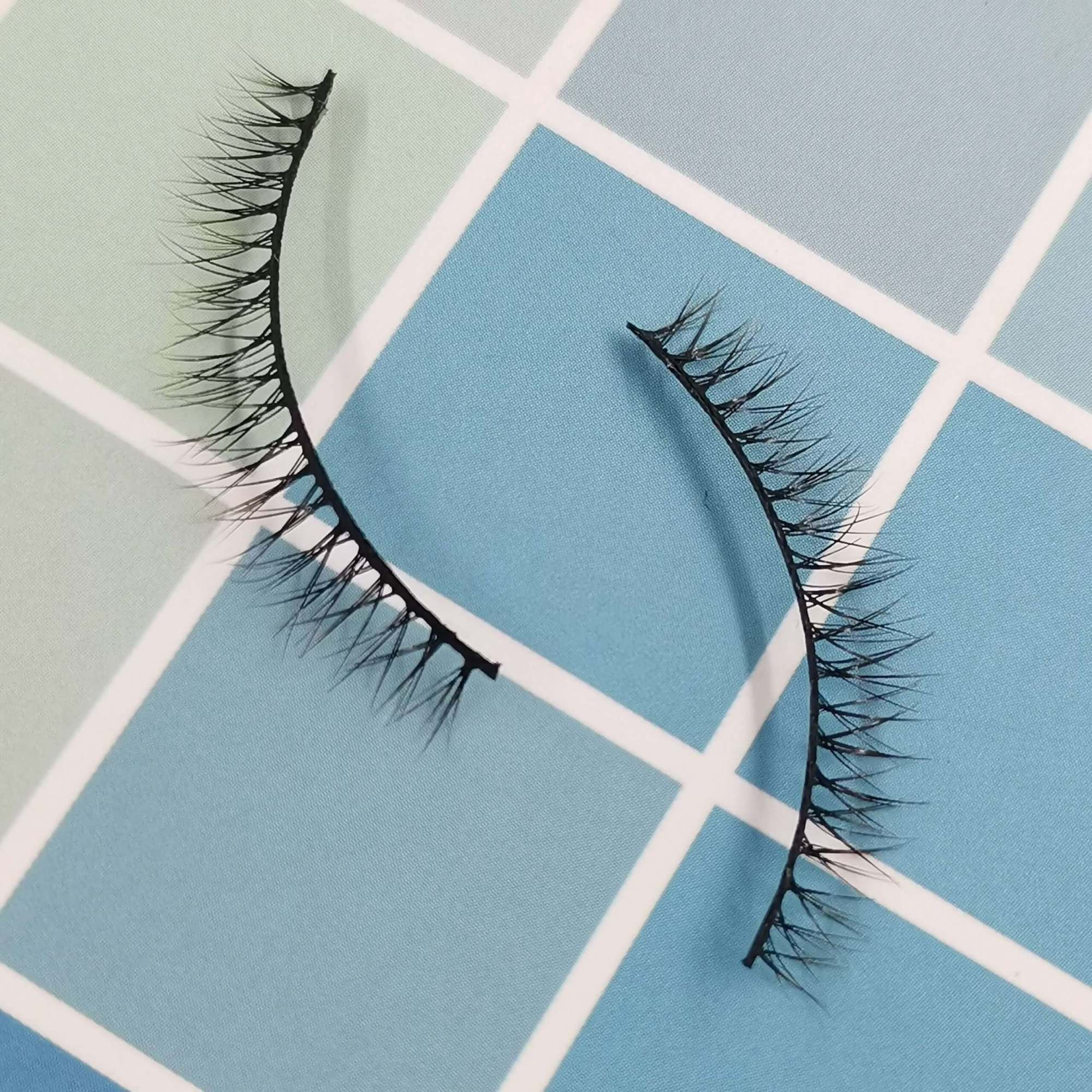 A pair of bottom eyelashes for your eye shape and its model is x004. Trust me, ProluxuryLashes brand is the best eyelash supplier