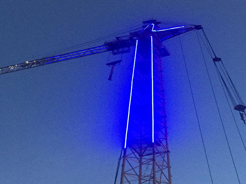 Контурная подсветка башенного крана