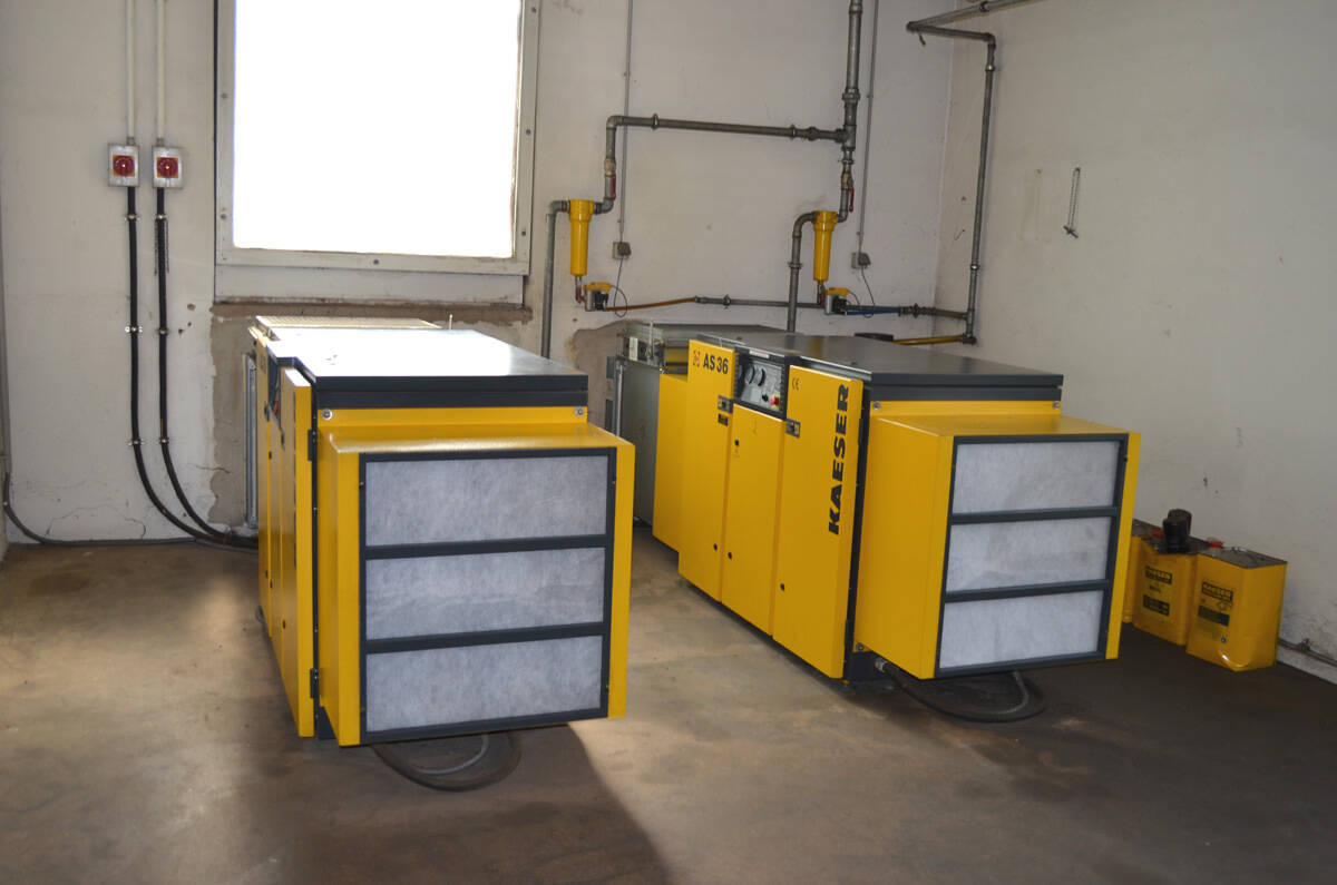 hight resolution of kaeser screw compressor system second hand main picture