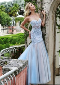Pictures of popular prom dresses are all available here ...