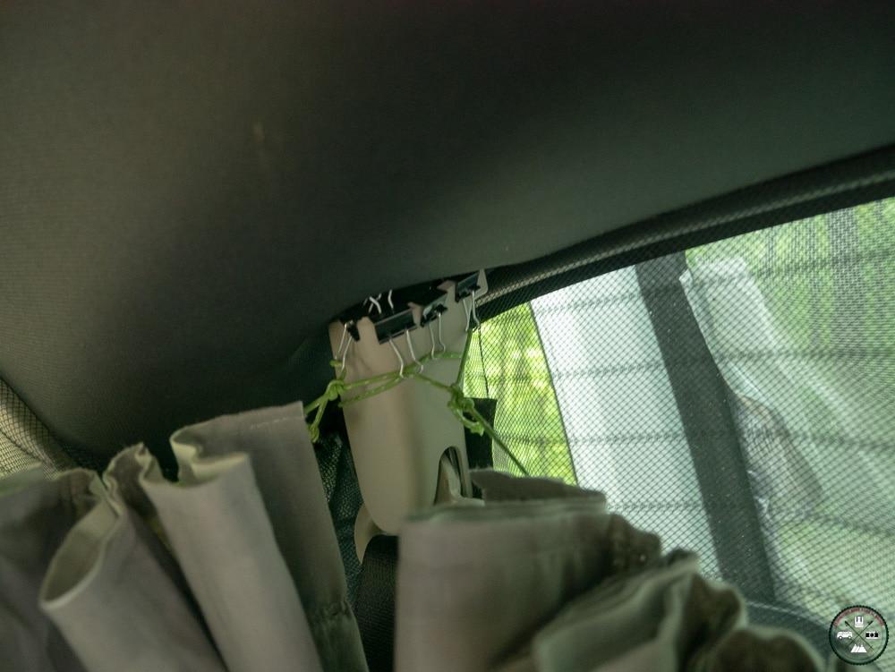accroche des rideaux pour un van
