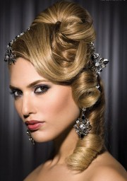 dos & donts of prom hairstyles