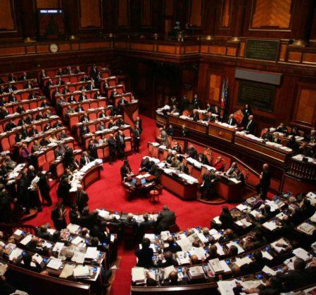 parlamento-italiano-768x717