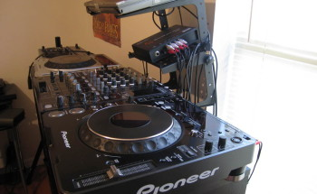 DJ-Set-Up-350x215_old