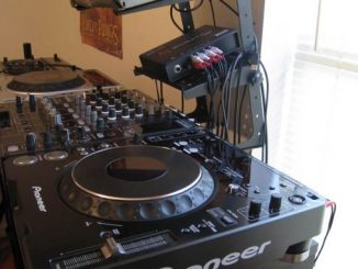 DJ-Set-Up-678×381-326×245