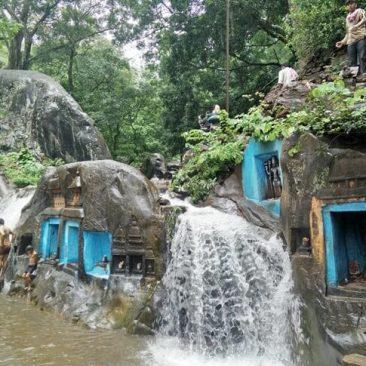 places to visit around chikmagalur - Kalhatti Falls View 5