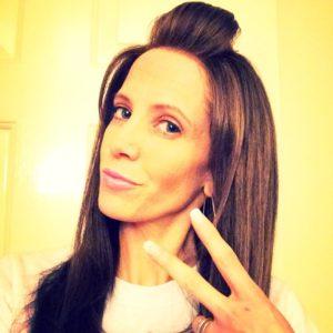Bringing it back to the old skool ?? #selfie #newhairdontcare #brunette