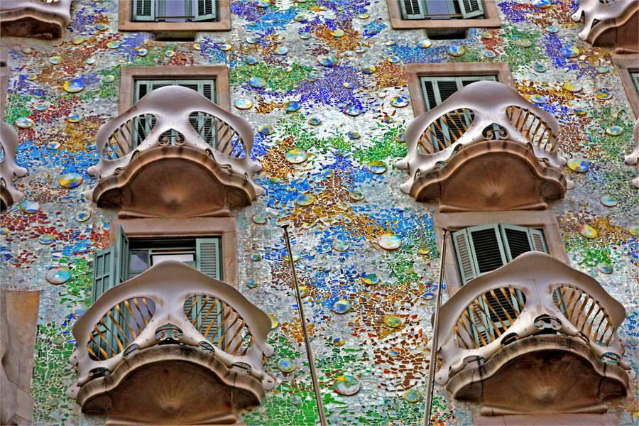 Casa Batll  Practical information photos and videos  Barcelona Spain