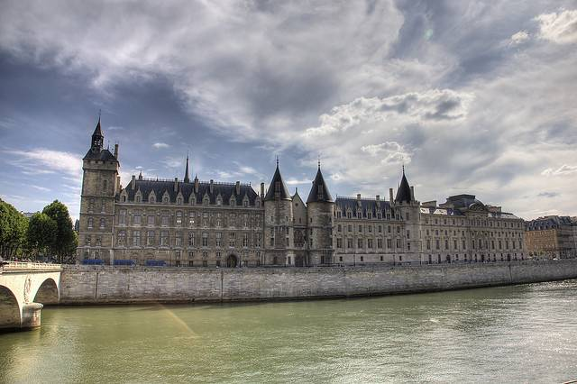 La Conciergerie  Practical information photos and videos