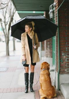 rainy-day-outfit-barefoot-blonde-h724