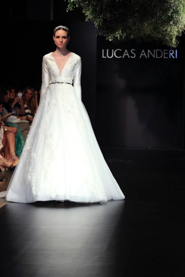 Desfile-Lucas-Anderi-Bride-Style-prontaparaosim (17)