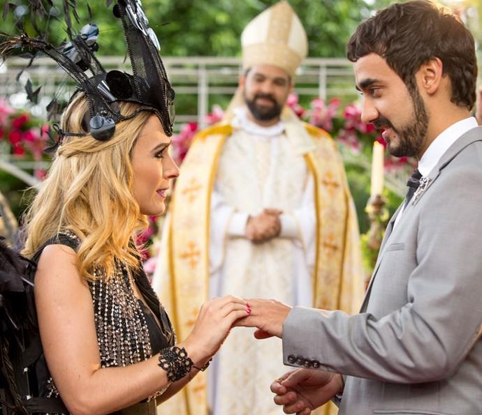 casamentos de Haja Coração Tata Werneck noiva de preto