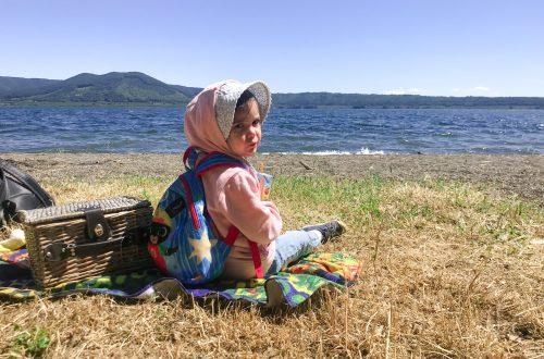 lago di vico con bambini