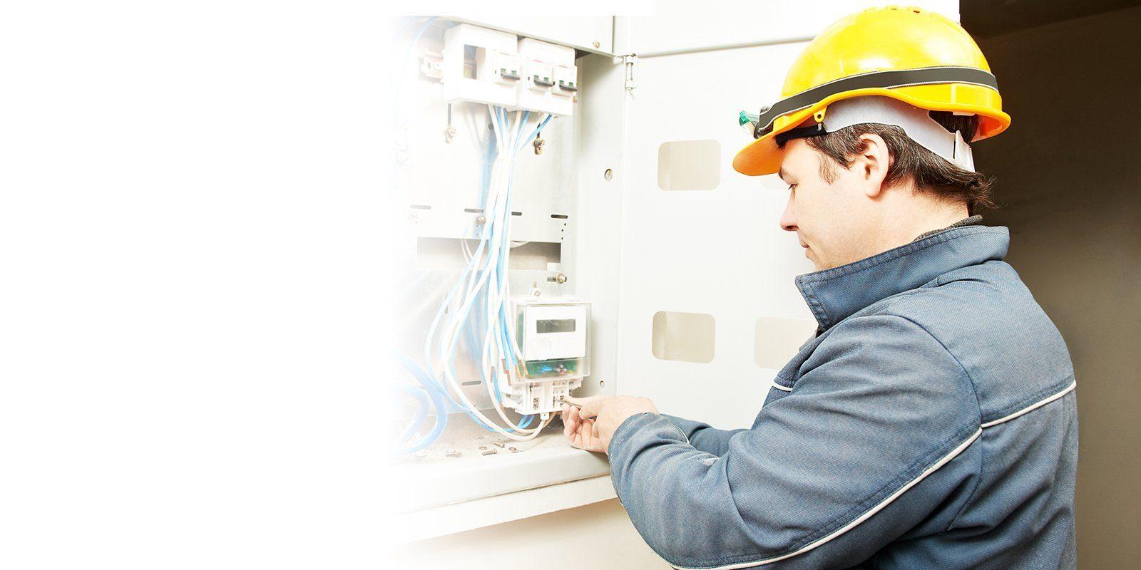 Collegare i servizi elettrici