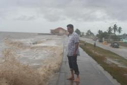 suicide attempt at the seawall