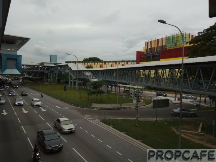 Elevated Covered Pedestrian Walkway from MRT to another entrance of Leisure Mall