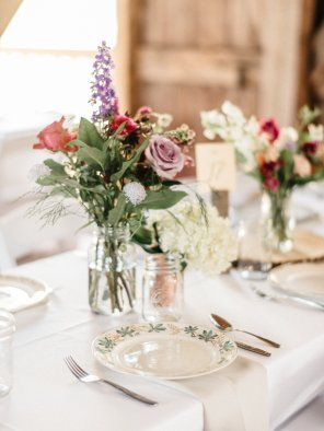 Simple and beautiful floral wedding designs