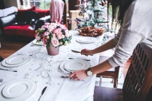 table-girl-woman-flower-interior-restaurant