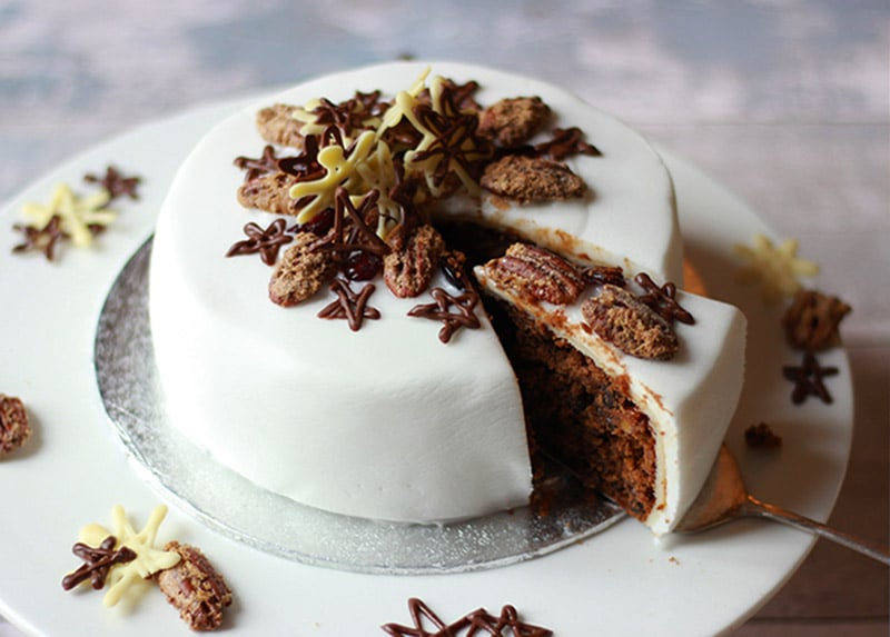 properfoodie christmas cake sliced