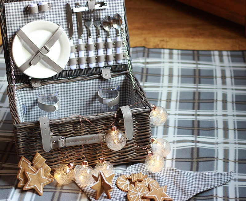 gingerbread picnic