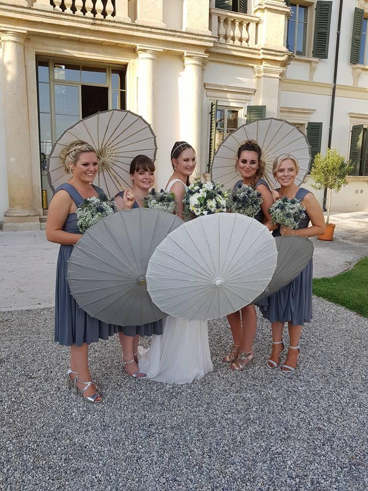 bride and bridemaids and villa bertani