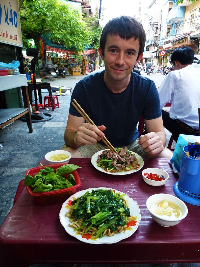 eating in Vietnam
