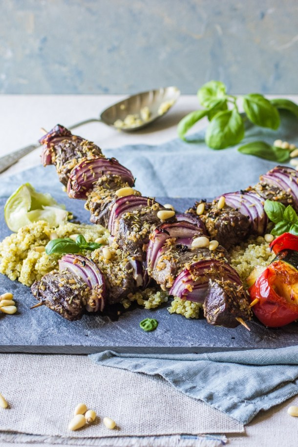 Steak and onion BBQ skewers with Very lazy dressing