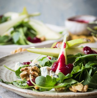 pear beetroot and gorgonzola salad