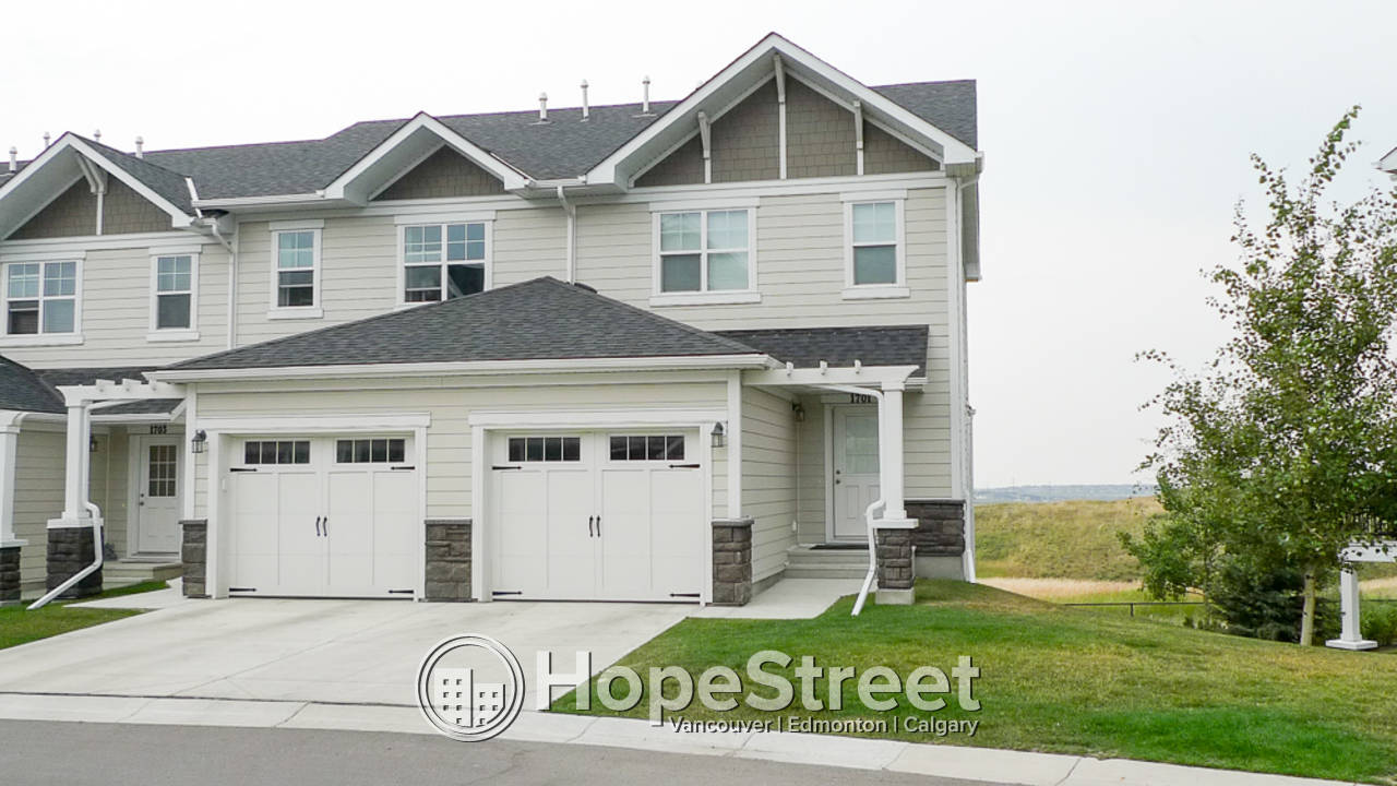 2 Bedroom Townhouse for Rent in Sage Hill  Hope Street