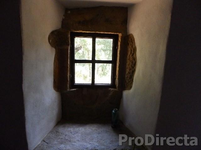 RENOVATED STONE FARM HOUSE
