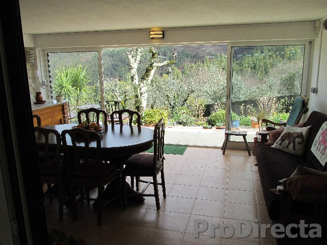 16. Dining room thro to garden