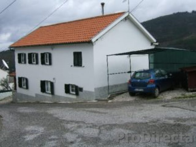 2.House & carport