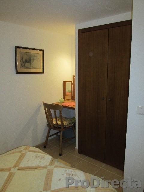 28. Bedroom2