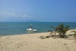 Maenam beach front land 4 Rai for sale on Koh Samui