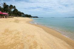 Large beachfront plot of land for sale in Maenam, Koh Samui