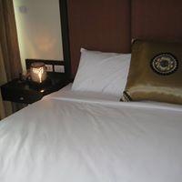 Main.bedroom