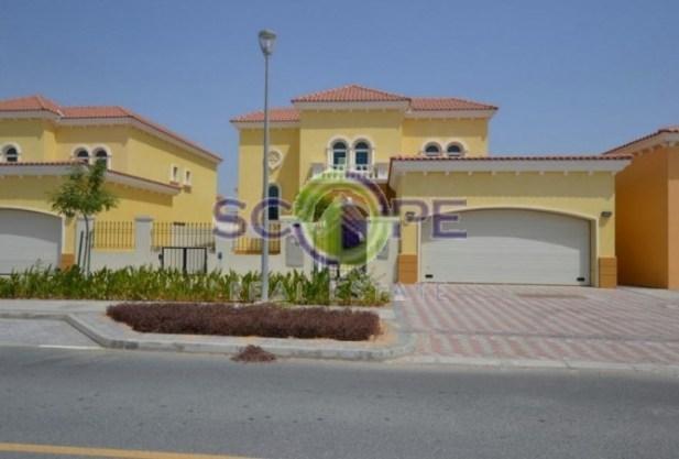 3 Bedroom Villa in Jumeirah park Scope Real Estate 1.1