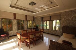 4 Bedroom Villa in Palm Jumeirah, Al Safqa, 1.3