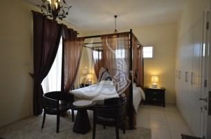 3 Bedroom Villa in springs, SPF, 1.3