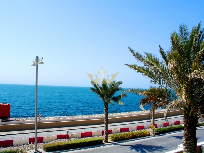6 bedroom villa for sale Palm Jumeirah