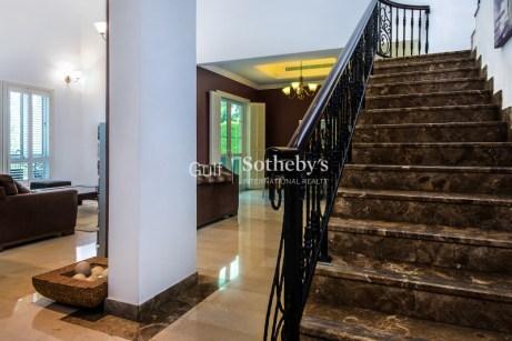 5 bedroom villa for sale in Jumeirah island DubIi
